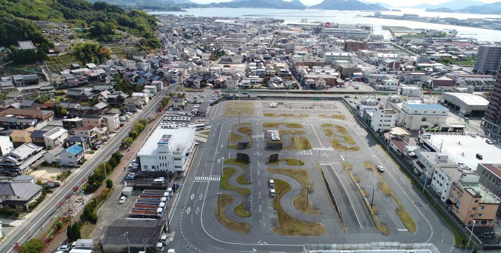 広島県の公認自動車学校ロイヤルドライビングスクール福山のコース、校舎
