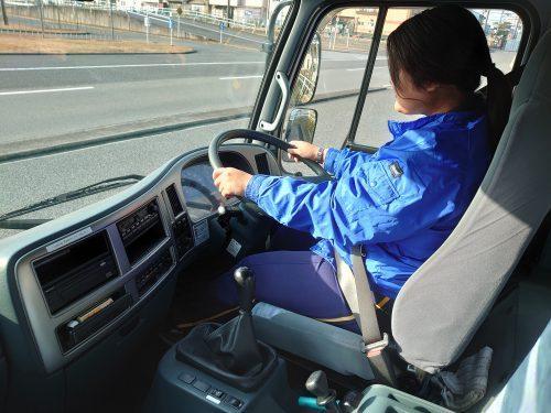 けん引自動車免許 教習車内 合宿 けん引免許 トレーラー 自動車学校 広島 福山 ロイヤルドライビングスクール 教習所 大型自動車免許 セット