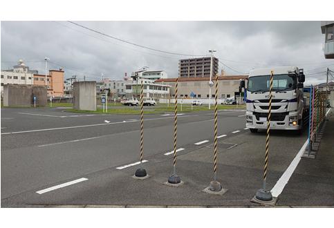 大型車での路端における停車および発進